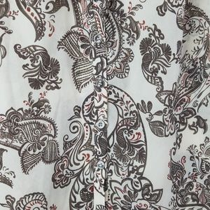 A Pea in the Pod Tops - A Pea in the Pod Paisley Print Tie Neck Blouse M